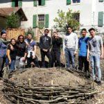 Une classe de l'Ecole de la Transition de Bussigny au jardin de la Baumettaz